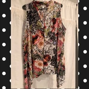 Pink and black floral tunic 💗🖤